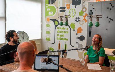 IKEA's Miriam Stox aan tafel bij Shoppen op Mars